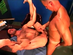 Gym trainer fucks his hairy student in the aggravation